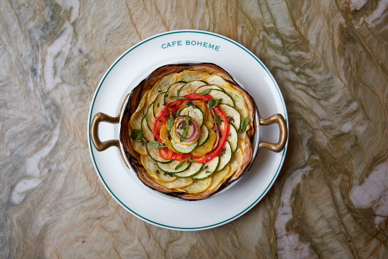 Onion tart with goat's cheese